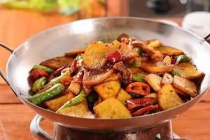 手把手教你做干锅土豆片吃完等着舔盘子吧