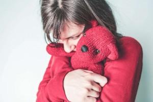为什么女生肚脐眼下面痛如何治疗腹部痛